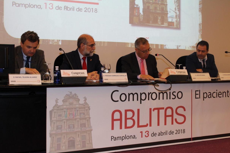 Rafael Teijeira refuerza la apuesta del Colegio por la excelencia profesional en el Compromiso Ablitas.