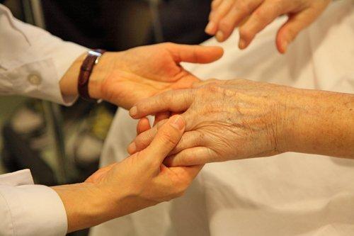 La SECPAL se posiciona sobre la Proposición de Ley para la despenalización de la eutanasia.
