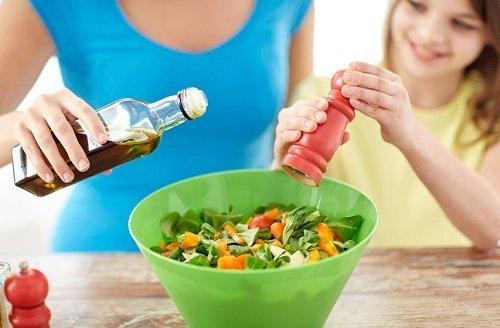 Cinco consejos para llevar una alimentación equilibrada en verano.