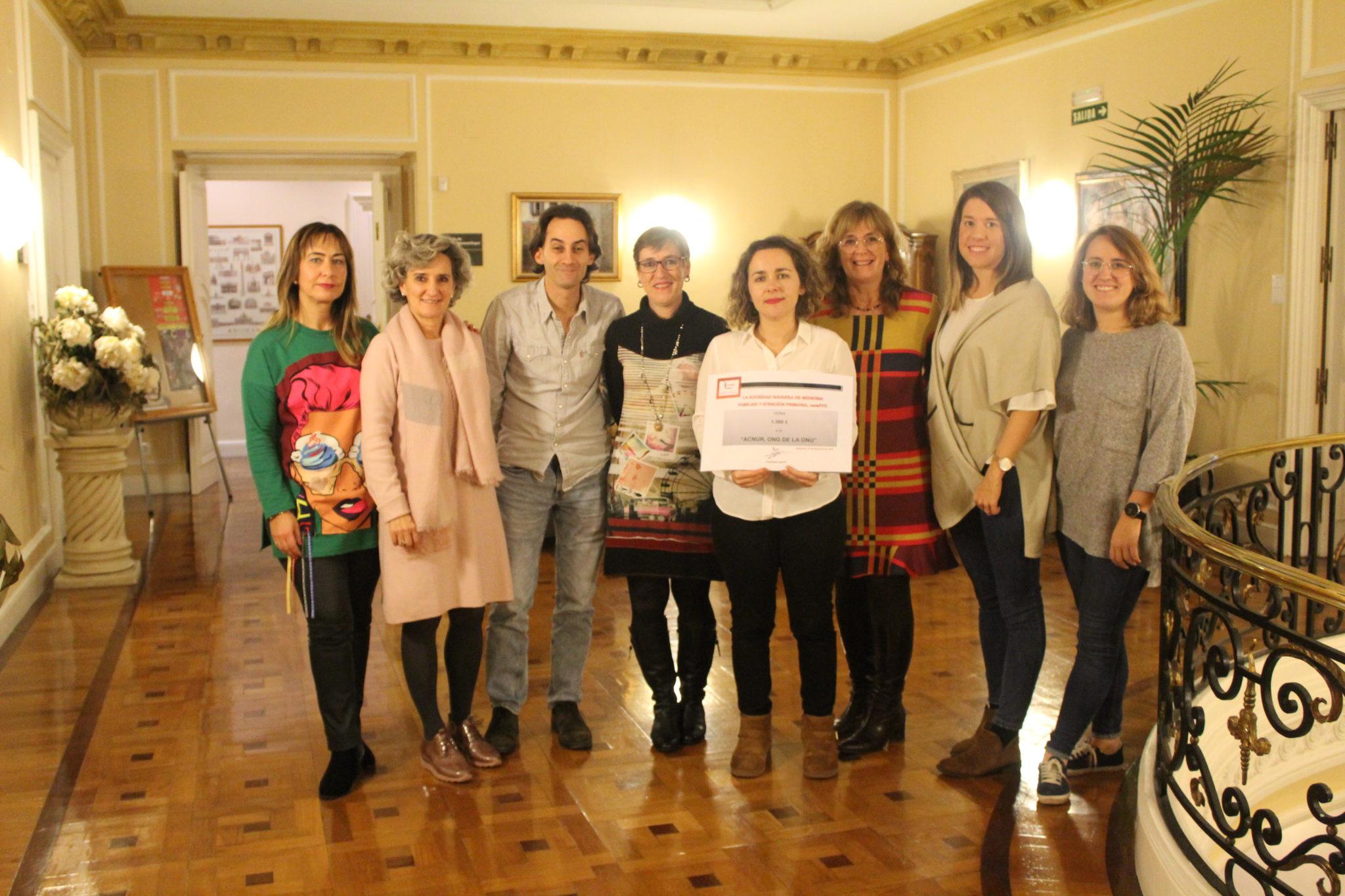 La Sociedad Navarra de Medicina de Familia y AP (namFYC) entrega 1.500 euros a ACNUR.