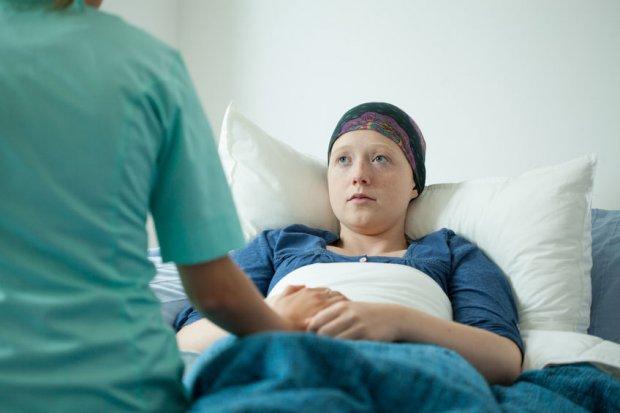 Los casos de cáncer aumentan un 12% en los últimos cuatro años, el doble en mujeres.