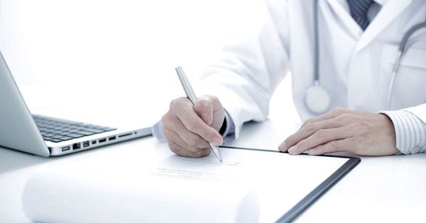El Foro de Médicos de Atención Primaria se planta ante la contratación de médicos sin el correspondiente título de especialista.
