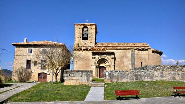 Acompaña al coro colegial en su próxima actuación en la parroquia de Artaiz (Navarra), el 8 de junio.
