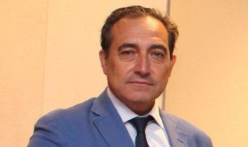 """Dr. Mariano Casado: """"Hay que estimular y fomentar la Deontología Médica como seña de identidad de nuestra profesión""""."""