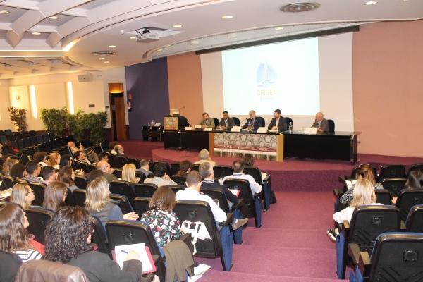El IV Congreso AMINE reúne, en el Colegio de Médicos, a más de 150 neurofisiólogos.