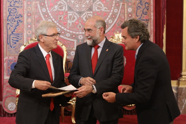 El nefrólogo Pedro Errasti, galardonado con el X Premio Sánchez Nicolay a la Buena Práctica Médica.