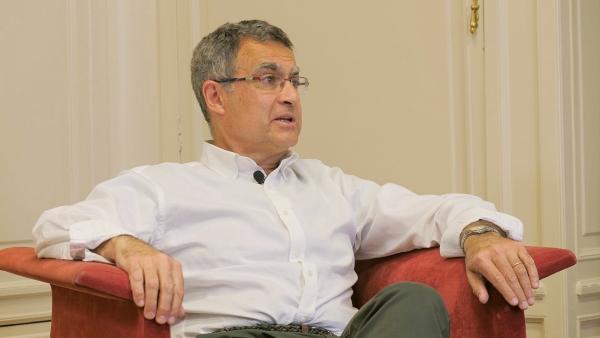 Píldora para la Salud sobre nuevas insulinas y apoyos tecnológicos en el tratamiento de la DIABETES con el Dr. Luis Forga, presidente de SENNA.