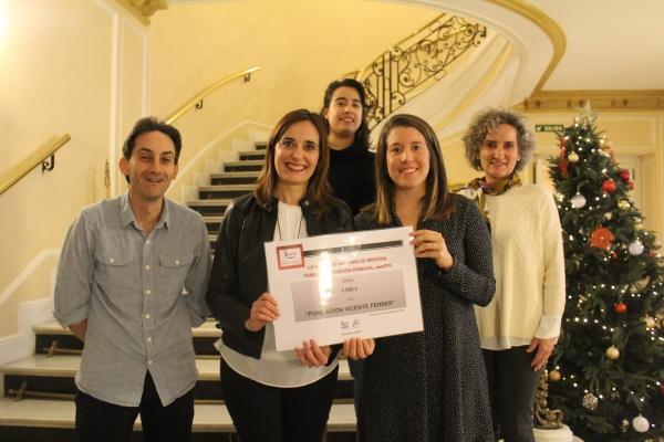 La Sociedad Navarra de Medicina de Familia y Atención Primaria (namFYC) entrega 1.500 euros a la Fundación Vicente Ferrer