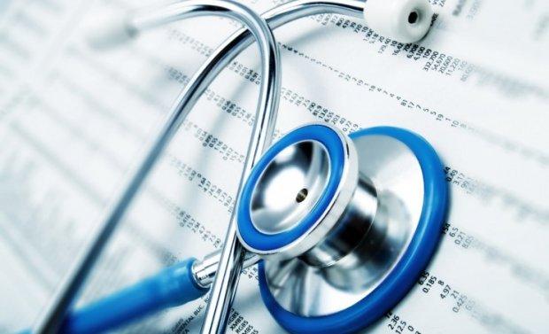 """Medicina del deporte y CGCOM publican un documento sobre """"Reconocimientos médicos para la aptitud deportiva"""" en el contexto de COVID-19."""