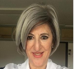 """Dra. Carmen Martínez Velasco: """"La COVID-19 ha evidenciado la necesidad indiscutible de la medicina privada como soporte complementario del sistema público""""."""