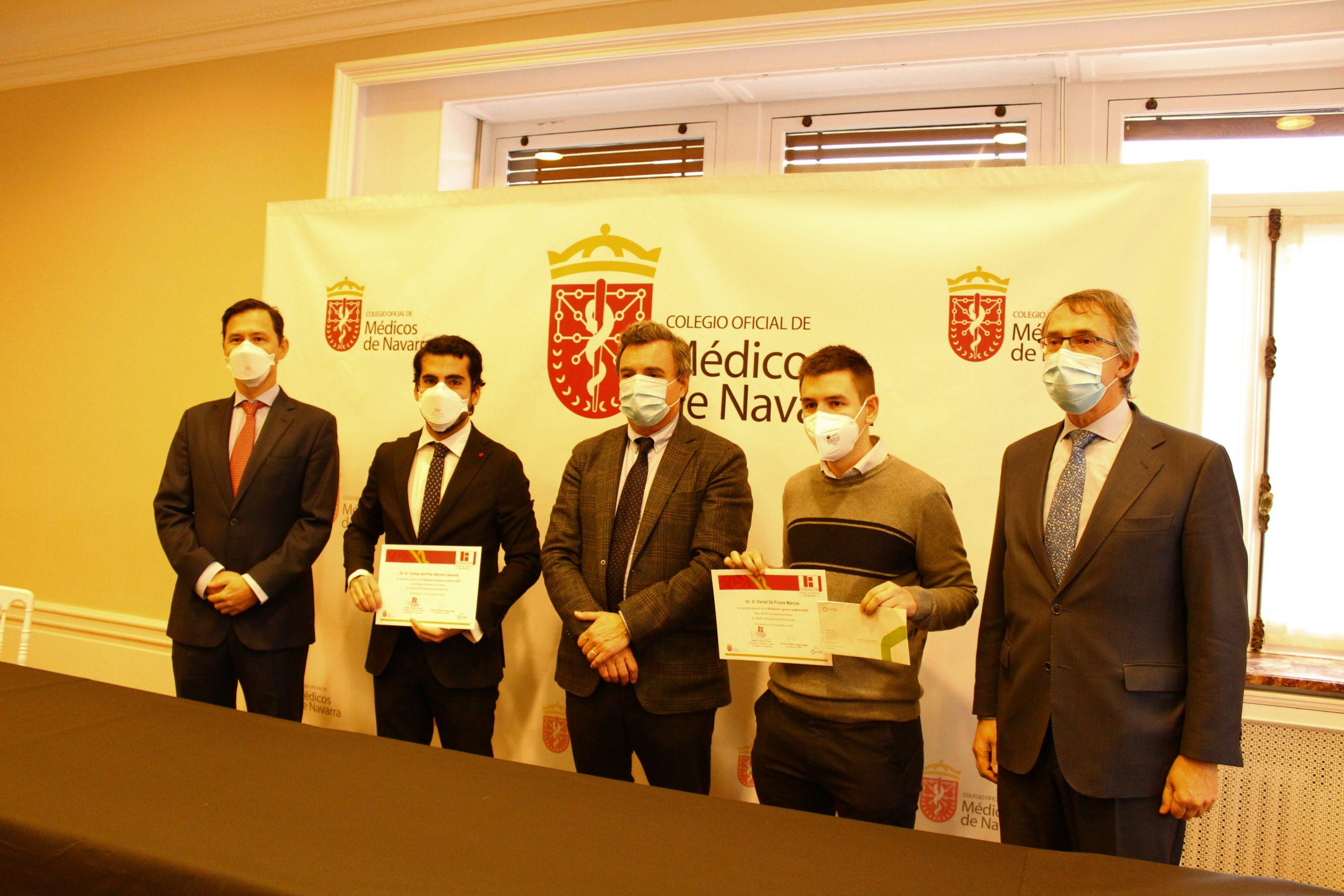 Daniel de Frutos y Carlos Bérniz ganan las Becas MIR 2020 del Colegio de Médicos de Navarra.